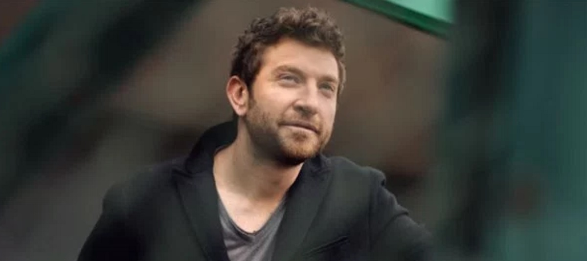 "Brett Eldredge ""Wanna Be that Song"" Music Video and Lyrics"