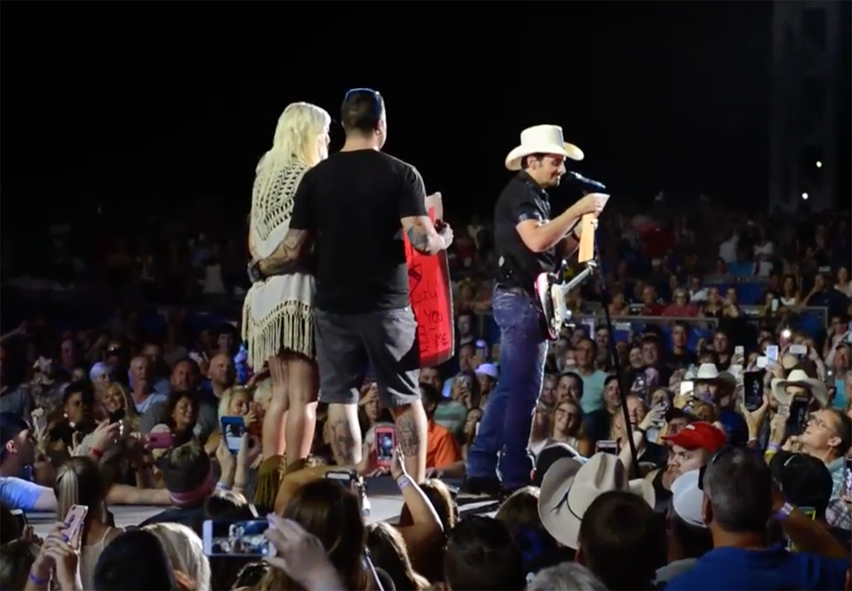 Brad Paisley Reveals The Gender Of A Couple's Baby Onstage