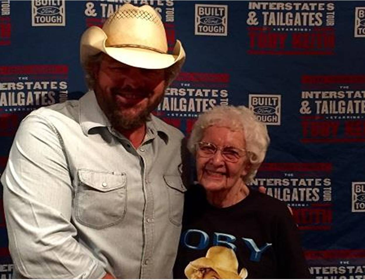 TOBY KEITH AND 99-year-old FAN