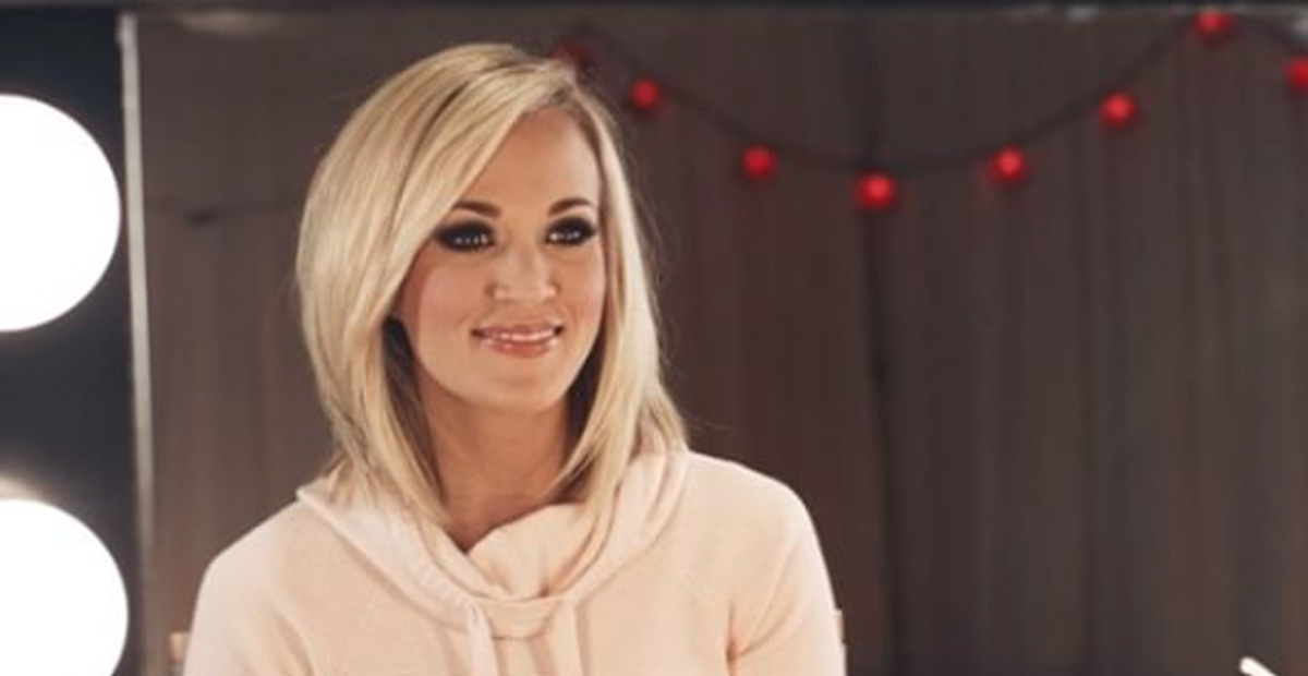 Carrie Underwood Shares Sweaty, Makeup-Free Selfie