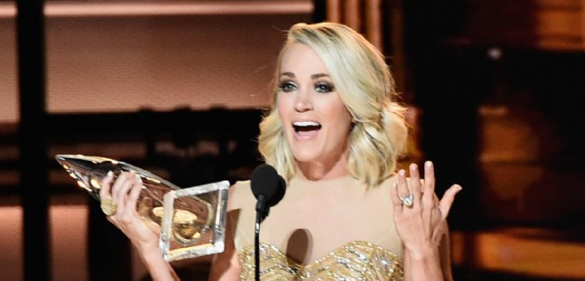 Carrie Underwood 2016 Female Vocalist of the Year