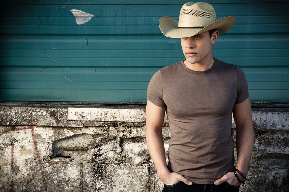 Dustin Lynch's Rising Career