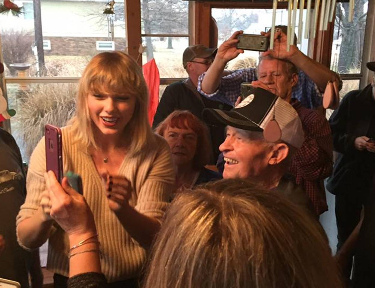 taylor swift WWII Veteran