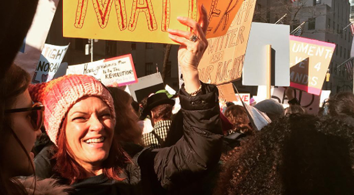 Rosanne Cash Stands at the Women's March