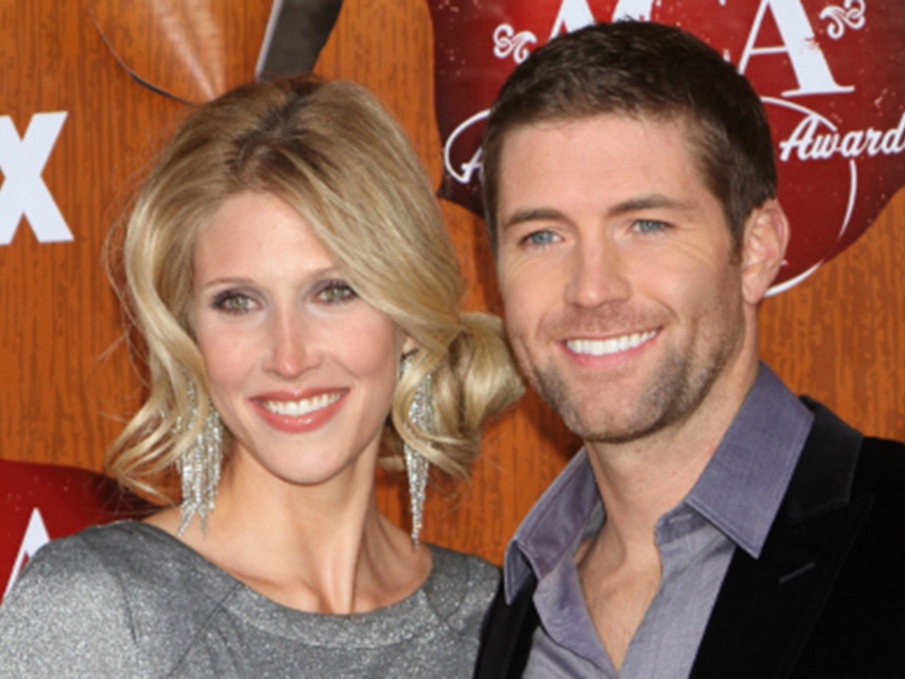 Is josh turner married