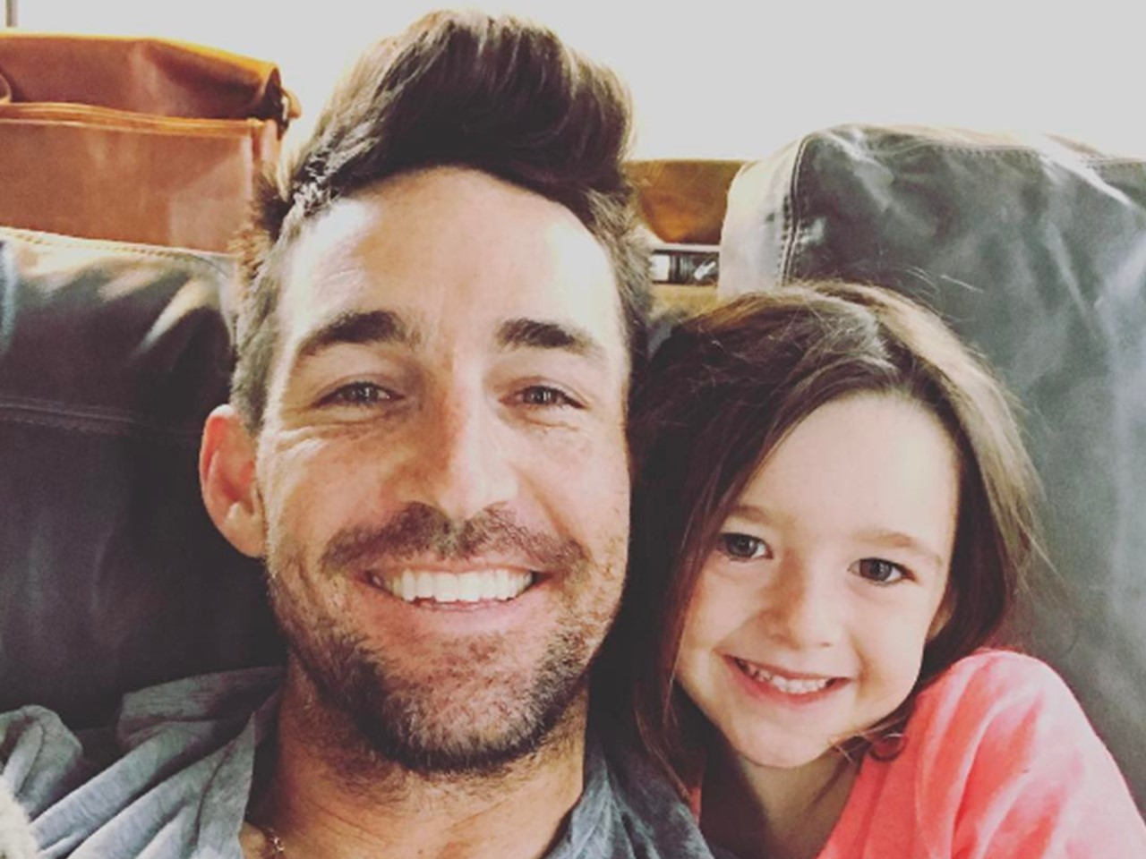 Jake owen daughter introduce newest member of the family pic m4hsunfo