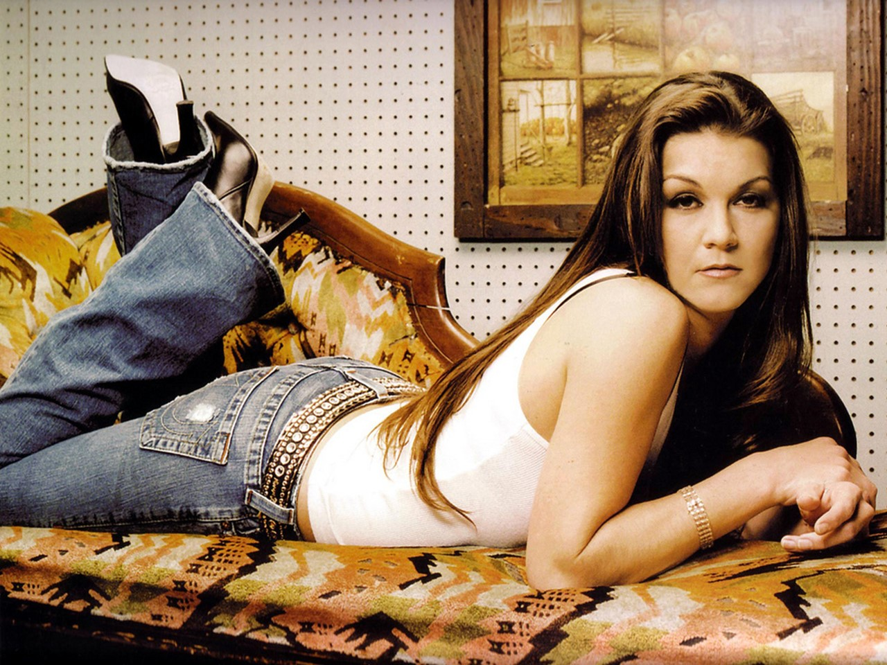 "Gretchen Wilson Reveals Who Inspired Hit ""Redneck Woman"""