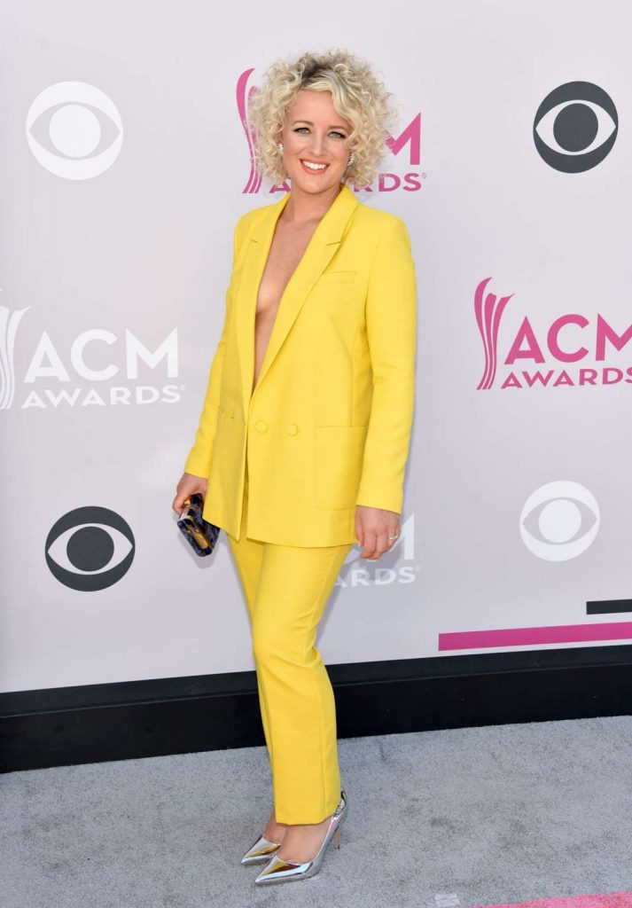 2017 acm awards fashion