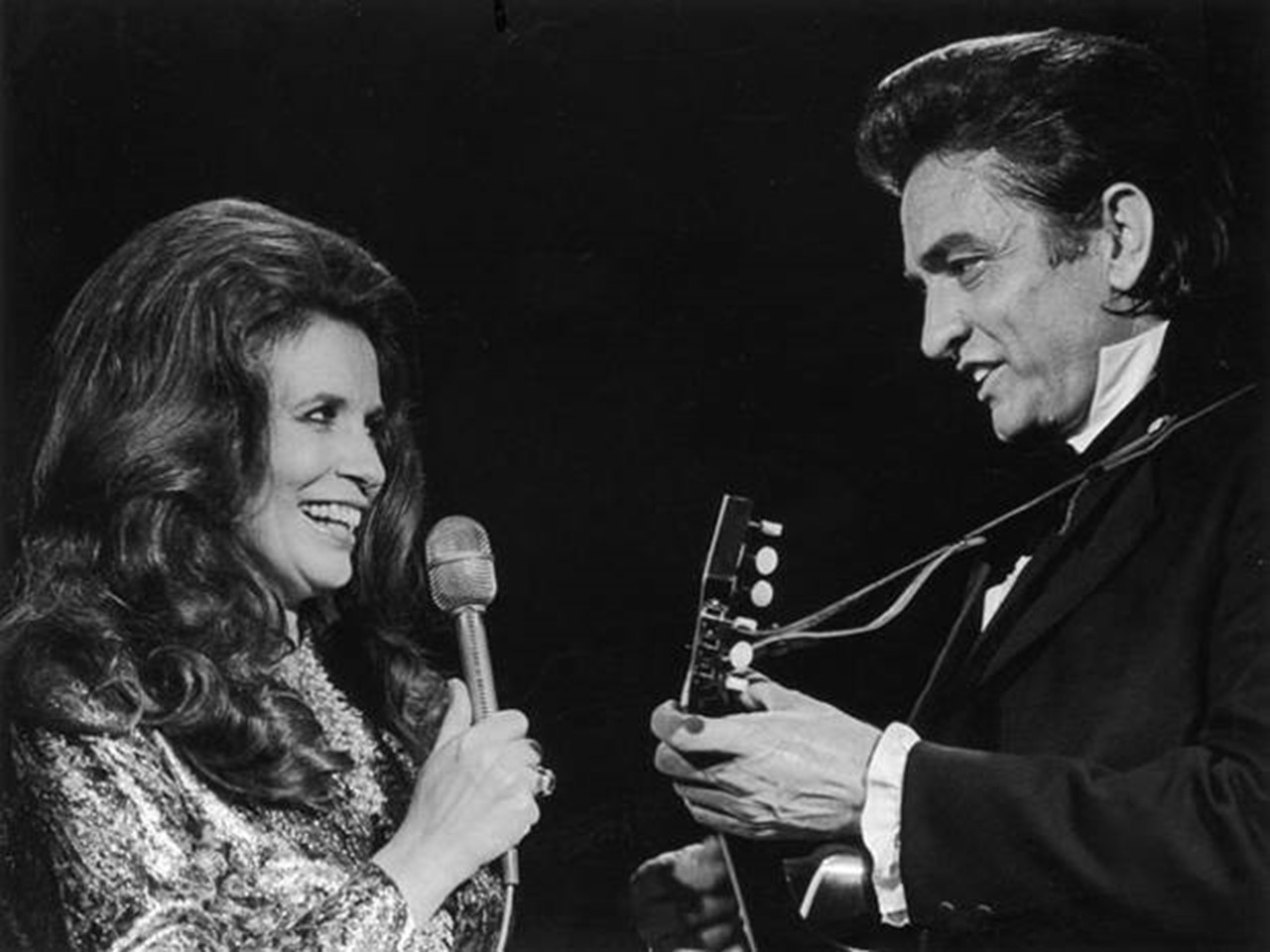 'Johnny Cash: Forever Words' will contain 16 tracks that were derived from artist's interpretation of Cash's poetry and letters.
