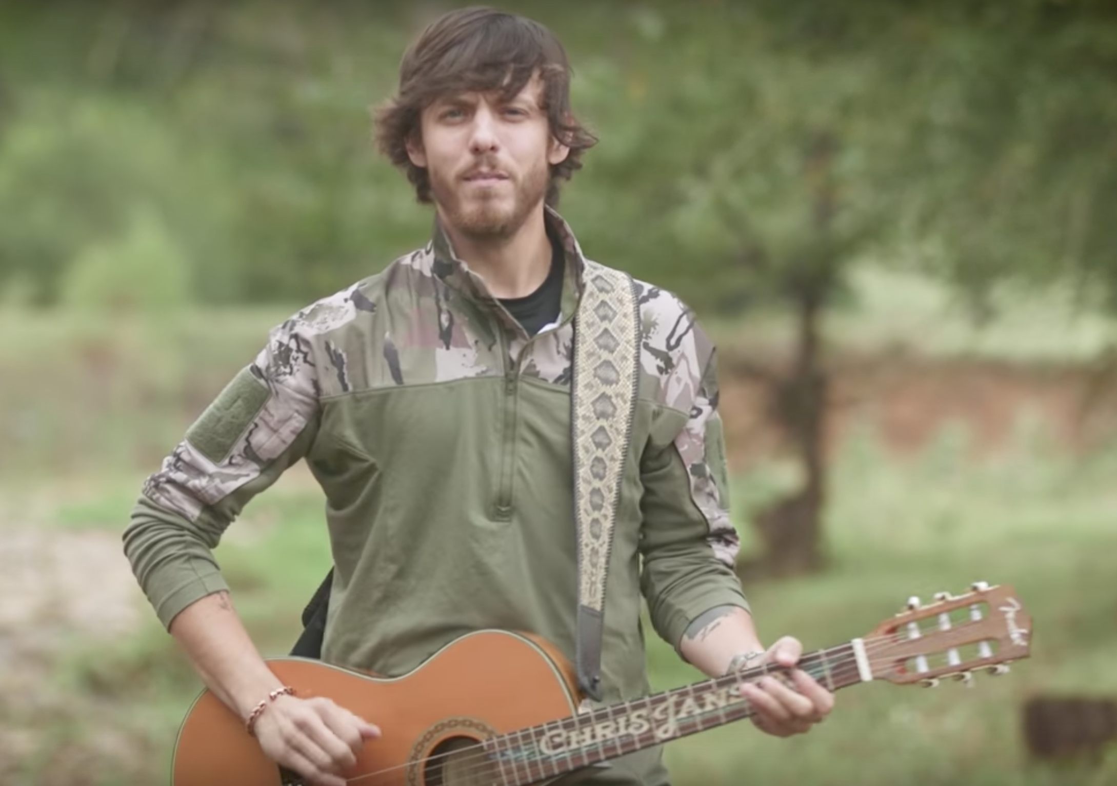"Chris Janson Embraces His ""Redneck Life"""