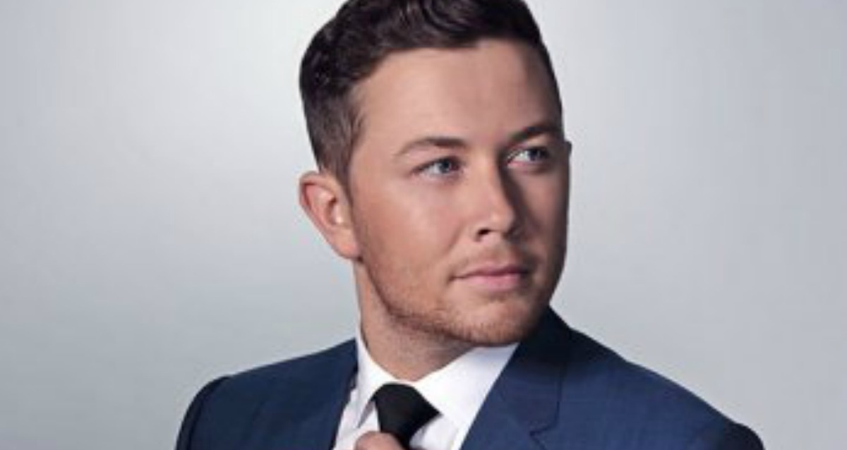 Scotty McCreery Signs New Record Deal with Triple Tigers!