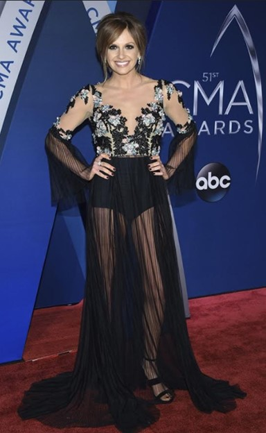 carly pearce 2017 cma awards red carpet