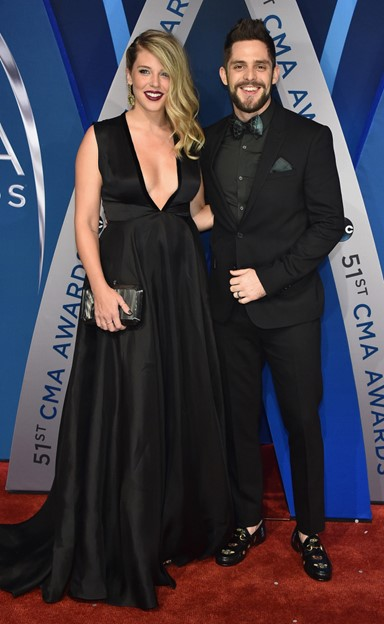 thomas rhett lauren akins 2017 cma awards