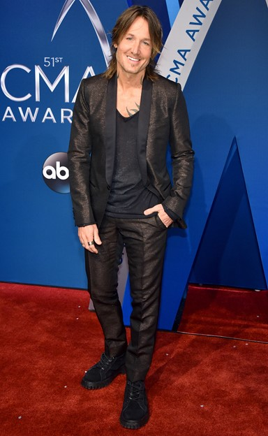 keith urban 2017 cma awards