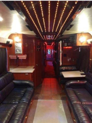 tim mcgraw tour bus
