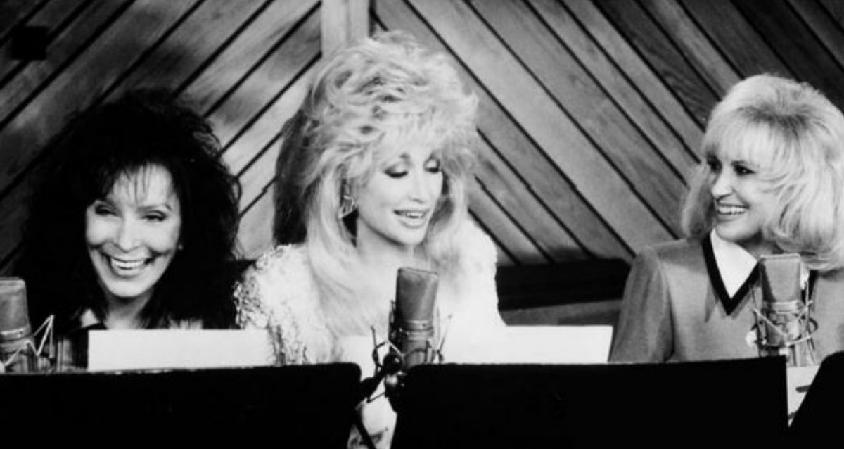 The Honky Tonk Angels was a collaboration between Dolly Parton, Tammy Wynette, and Loretta Lynn, and it was as magical as it sounds.