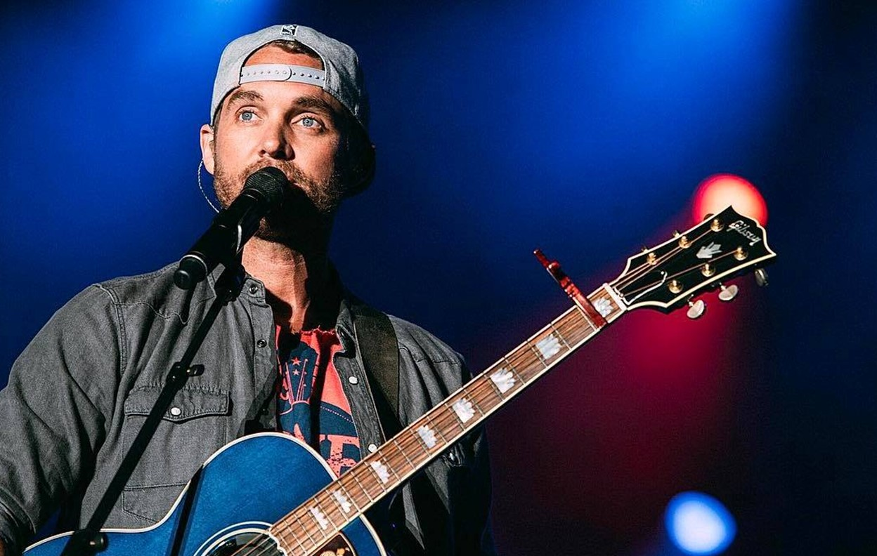 brett young the voice