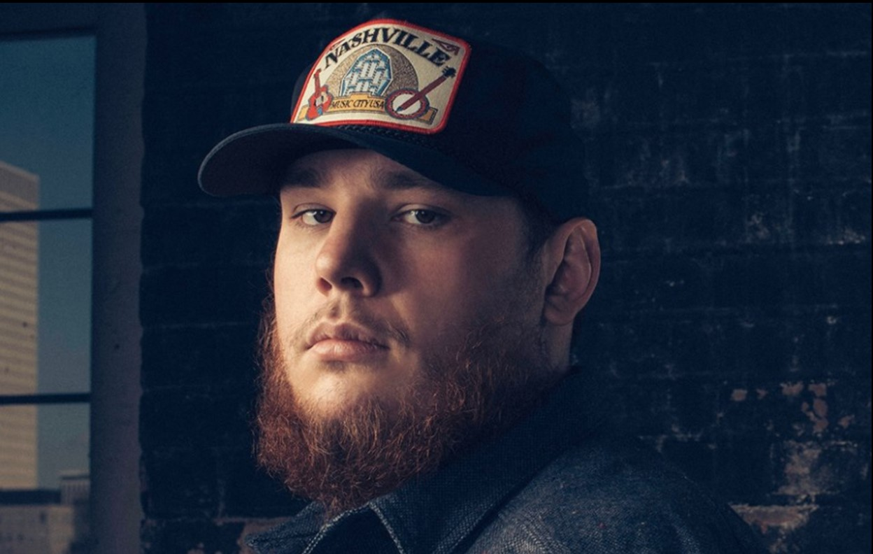 luke combs blue ain't your color