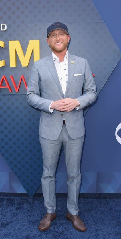 COLE SWINDELL 2018 ACM AWARDS