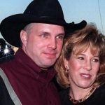 garth brooks divorce