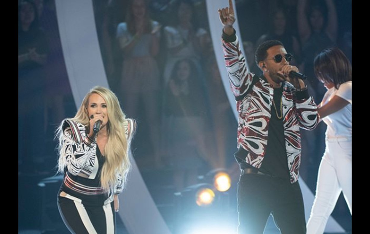 Carrie Underwood the champion platinum
