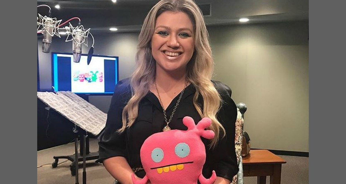 Kelly Clarkson Makes Big Announcement [WATCH]