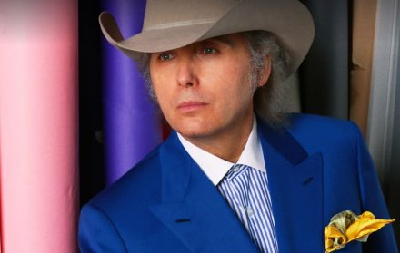 dwight yoakam facts