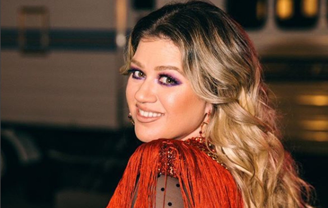 Kelly Clarkson Added to \'Trolls\' Sequel Cast, Will Provide Original Song