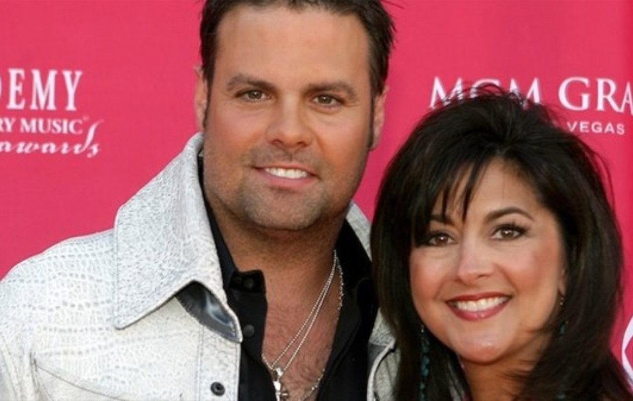 troy gentry's widow