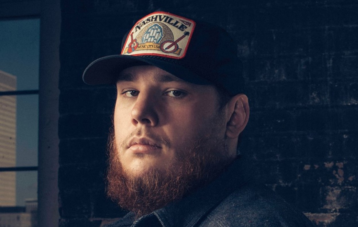 luke combs no. 1