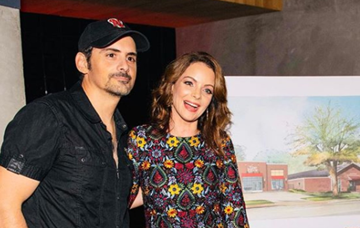 brad paisley kimberly williams-paisley sons