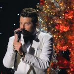 brett eldredge It's Beginning To Look A Lot Like Christmas video