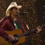 2018 cma country christmas brad paisley