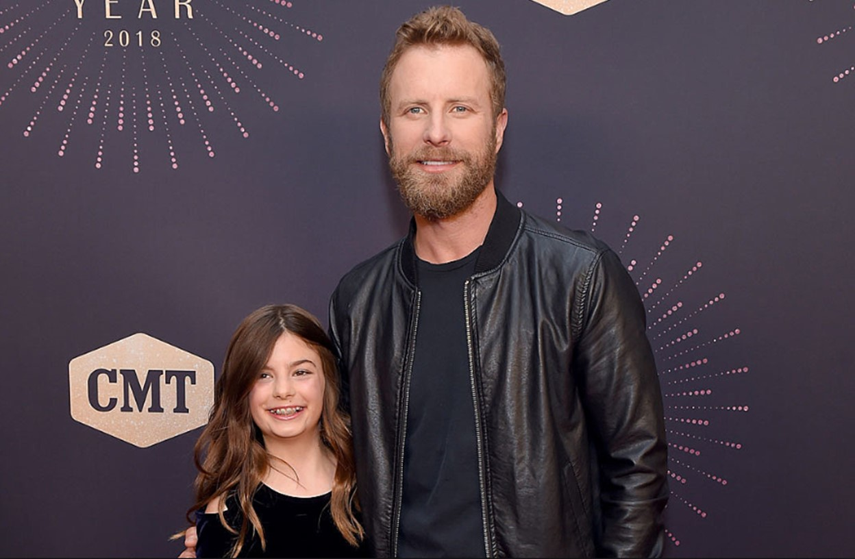 Dierks Bentley Performs Duet With Daughter Evie Video