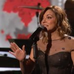 martina mcbride its beginning to look a lot like christmas