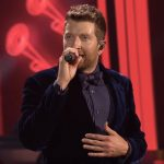 brett eldredge holly jolly chrismas