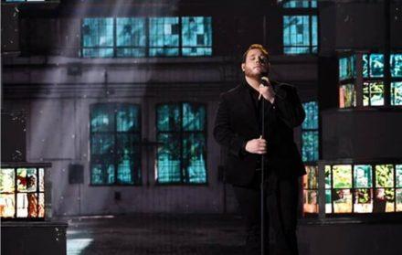 2019 Acm Awards Luke Combs Beautiful Crazy Performance