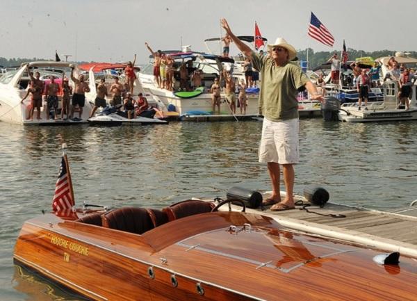 Alan Jackson Boat