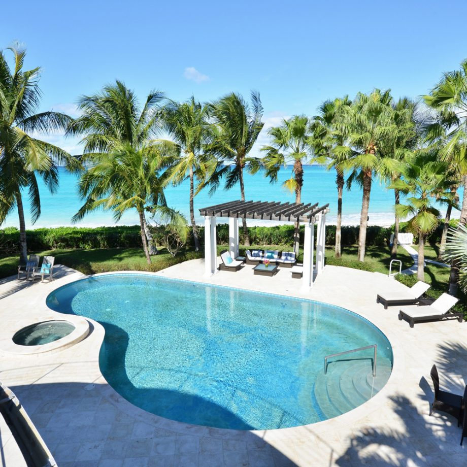Shania Twains Home in the Bahamas