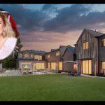 Kelly Clarkson's California Mansion