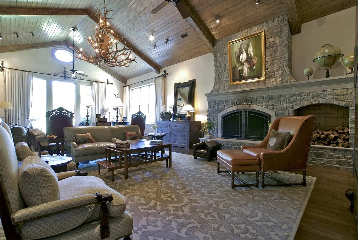 Ronnie Dunn's Home: Great Room