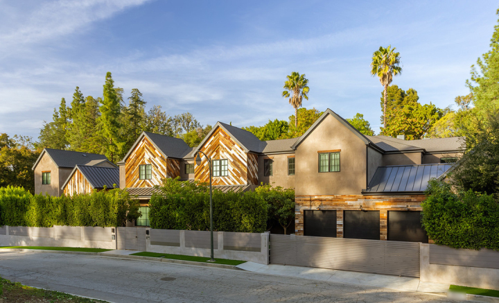 Kelly Clarkson's California Home