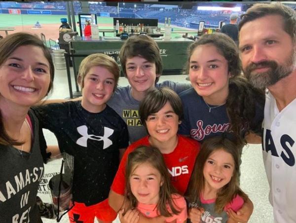Walker Hayes Family 2021