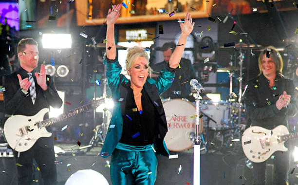 See PHOTOS and VIDEO from Carrie Underwood's New Year's Eve!